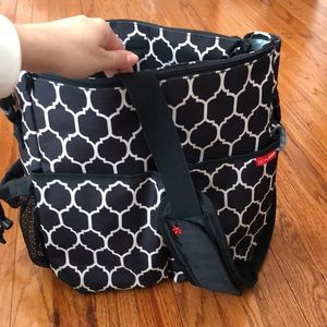 Skip Hop Duo Essential Diaper Bag -Onyx Tile
